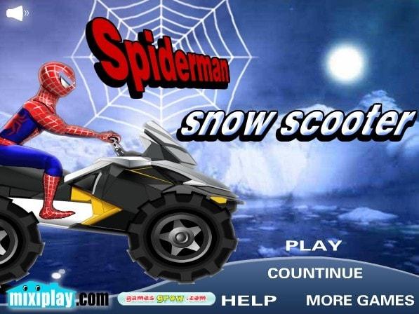 Человек Паук зимой на скутере