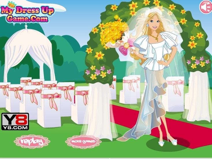 Невеста Барби одевается