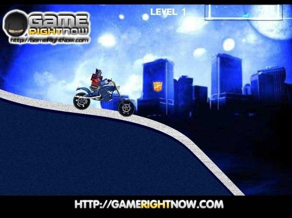 Оптимус на мотоцикле