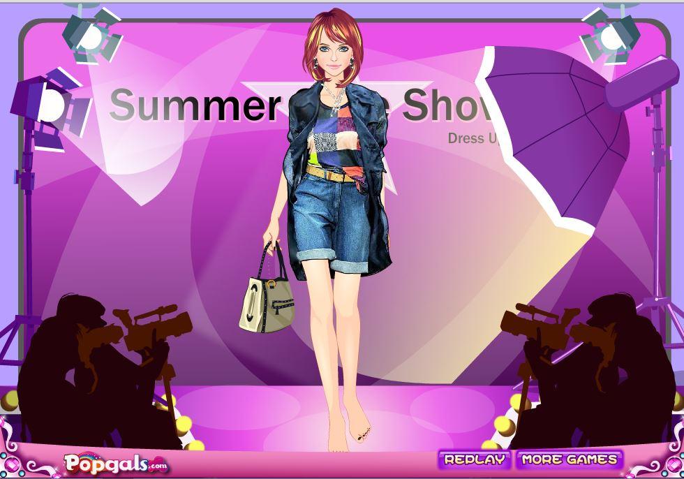 Показ летней моды